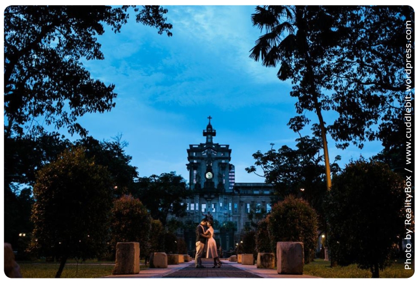 Straight out of a fairytale - UST at night
